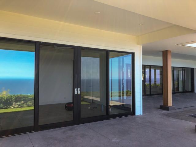 kona glass hawaii - glass door_