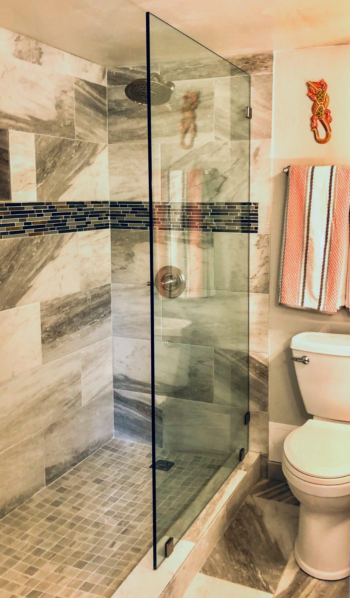 frameless glass shower wall installation - kona glass hawaii (2)