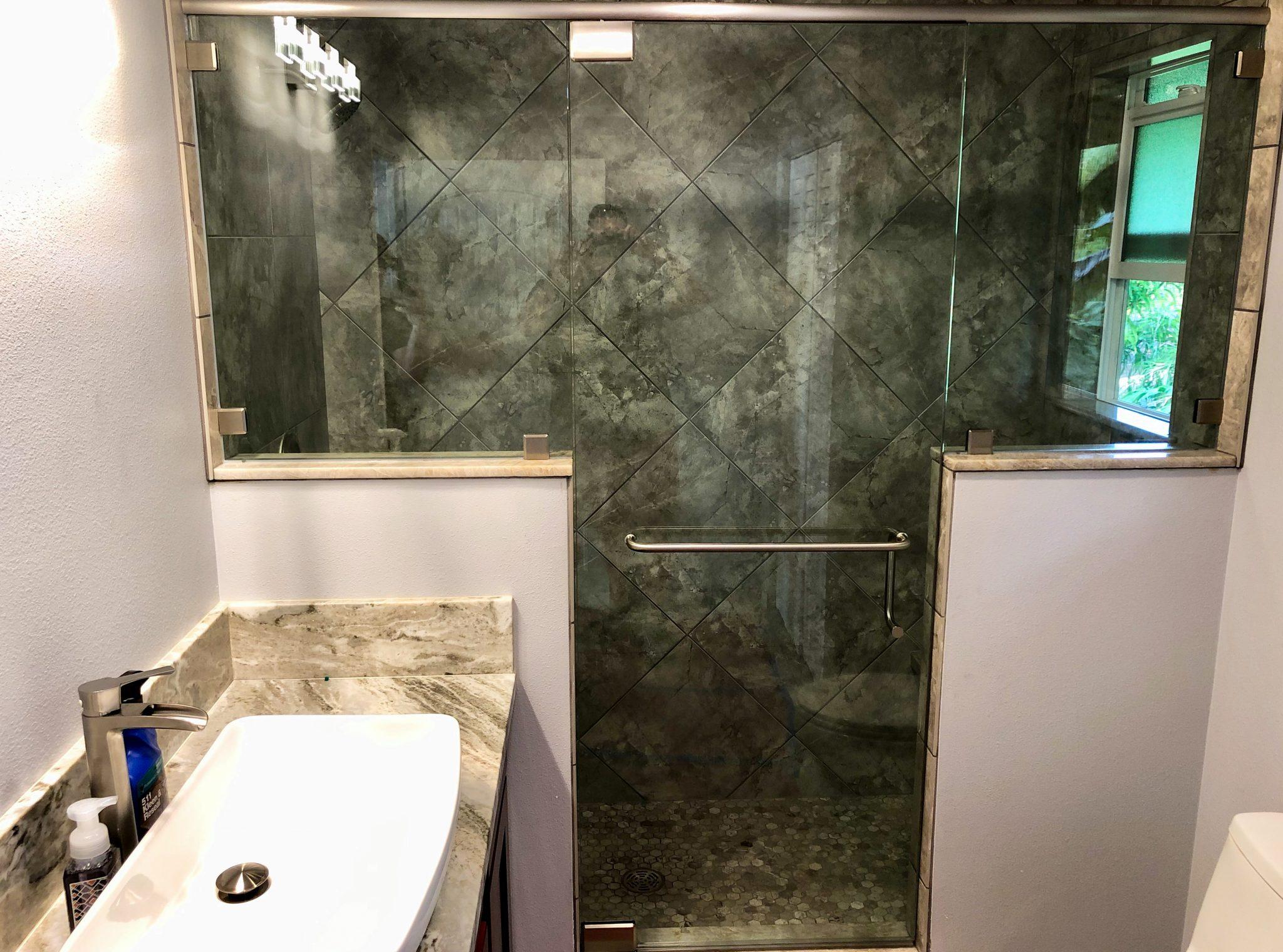 glass shower enclosure installation - kona glass hawaii (4)